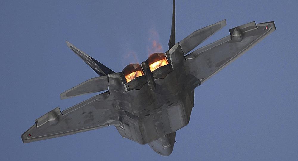 Nový software a upgrade pro letouny F-22 Raptor