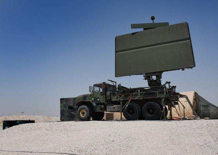 Bezletová zóna v severní Sýrii? US instalují mobilní 3D radary v oblastech pod kontrolou SDF.