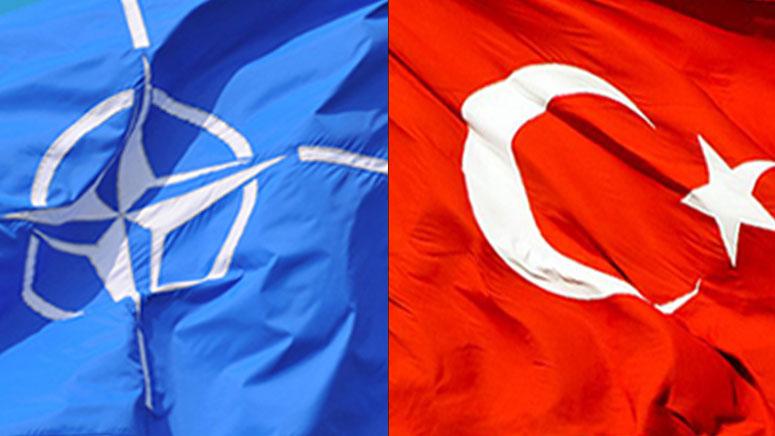 Turecko by mohlo opustit NATO během roku