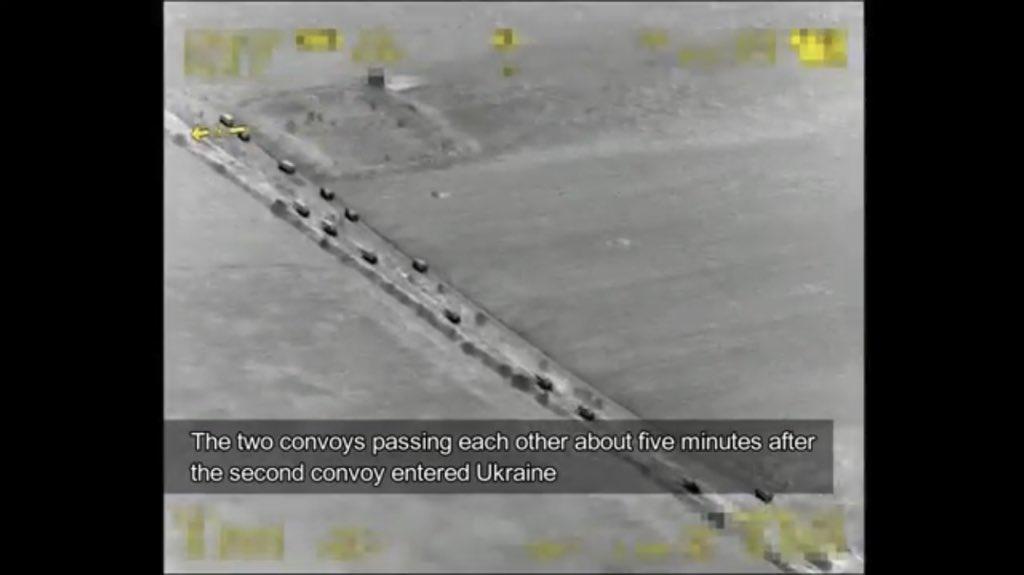 Přesun ruských vojenských konvojů na území Ukrajiny poprvé zachycen na video.