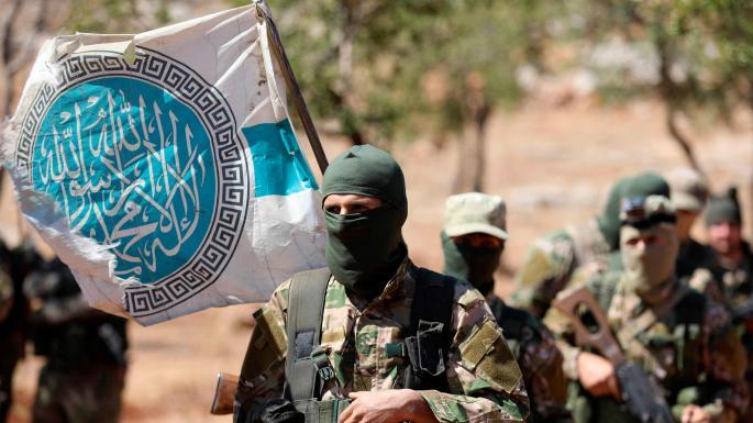 Británie zastavila podporu protivládním rebelům v syrské provincii Idlíb