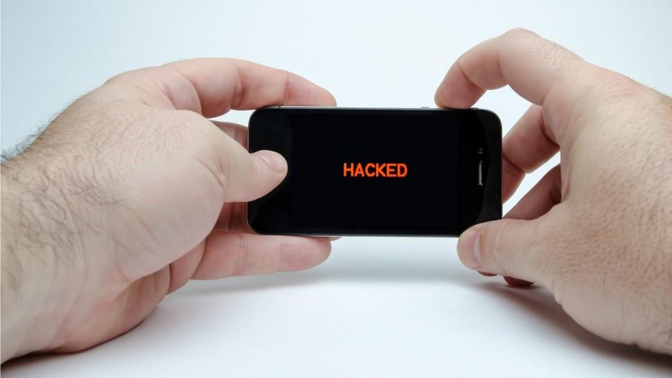UAE použily superšpionážní nástroj americké NSA ke sledování tisíců iPhonů.