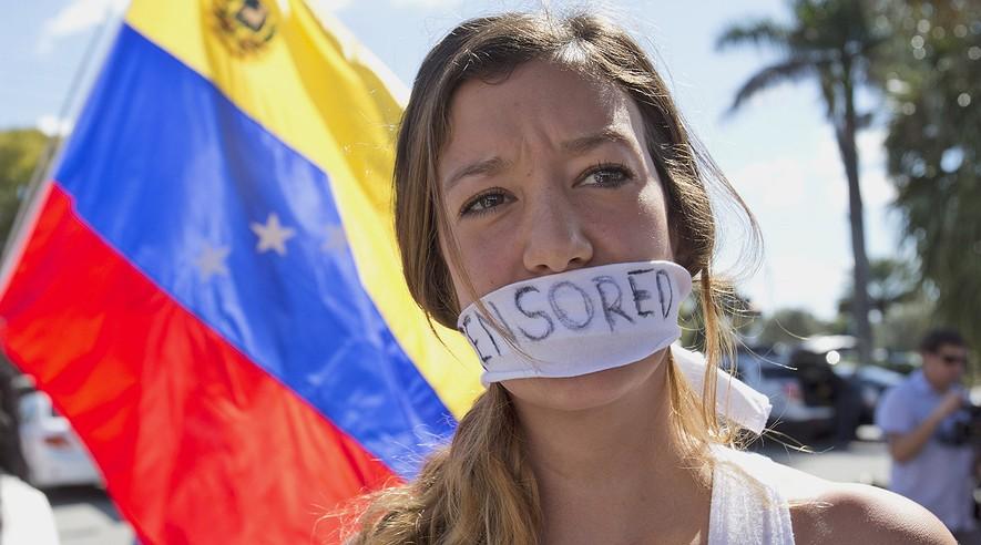 Boj o Venezuelu se vede i na sociálních sítích