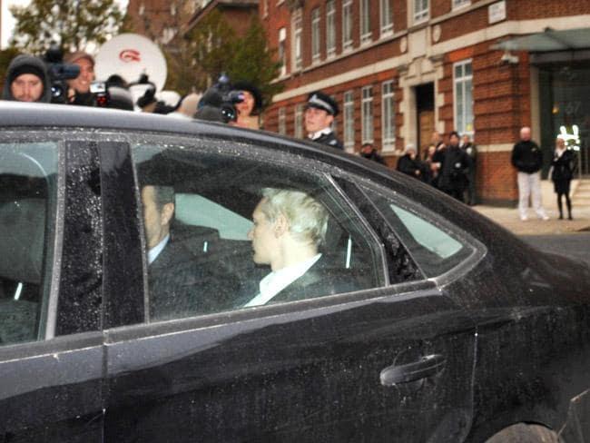 Zakladatel WikiLeaks Assange zatčen