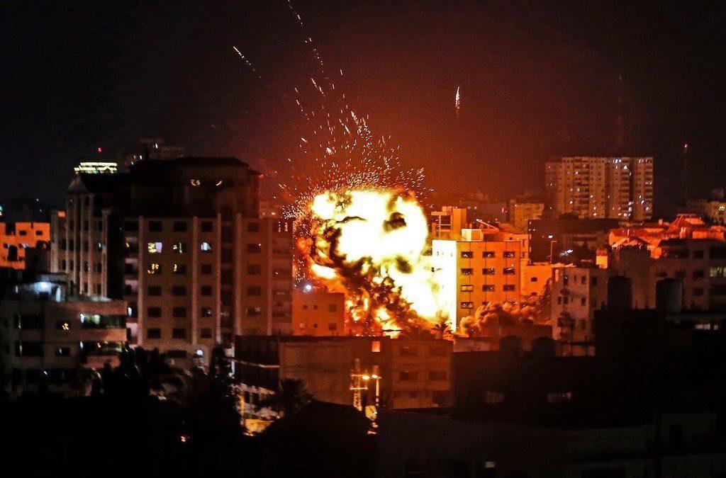 Smršť palestinských raket a odveta IDF