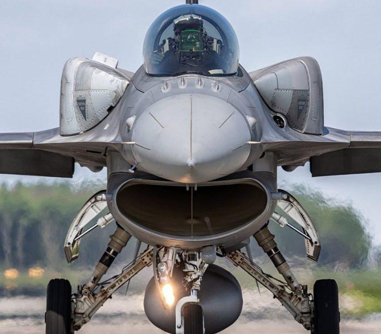 Bulharsko zakoupí osm stíhaček F-16V Block 70