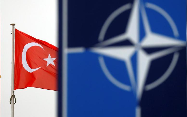 Turecko zablokovalo společnou obranu NATO dokud nedostane podporu proti Kurdům