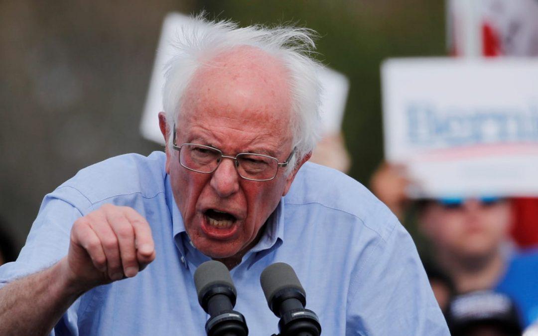 Špičky amerických Demokratů realizují stranický převrat ke zničení Bernie Sanderse