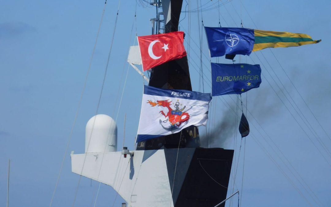 NATO bude vyšetřovat střet vojenských lodí Francie a Turecka