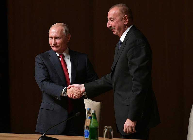 Analýza: Proč Rusko zatím nijak výrazně nepřispěchalo na pomoc Arménii?